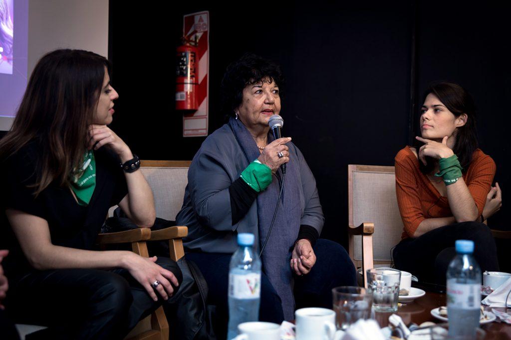 Conversatorio sobre feminismo