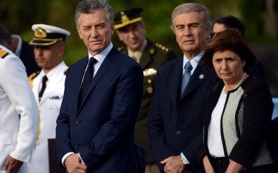 Una vez más, el gobierno de Mauricio Macri disparando contra la historia.